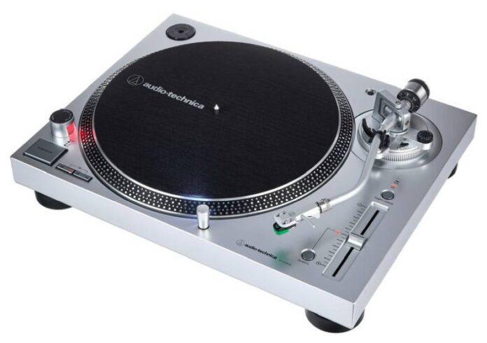 Audio Technica LP120X silver