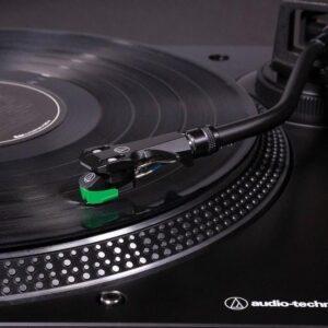 LP120X platenspeler zwart